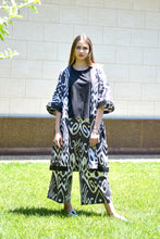 Load image into Gallery viewer, Black & White Ikat Kaftan