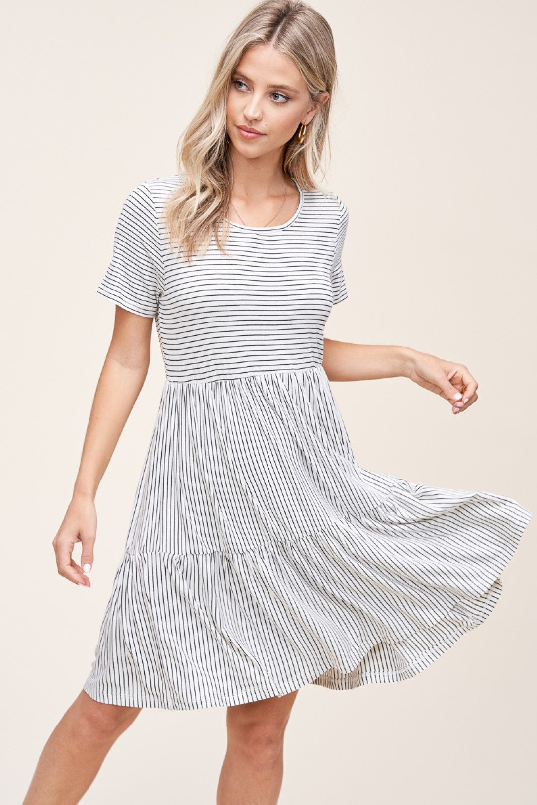 Ivory & Black Round Neck Short Sleeve Dress