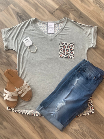 Curvy H. Grey & Peach Animal Print Top