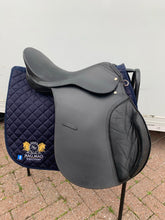 "Load image into Gallery viewer, 18"" Jump Saddle - Black - Free Delivery 🚚"