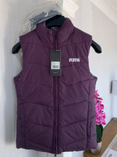 Load image into Gallery viewer, Puffa Reversible Plum Gillet - Size 8 - Bargain!!