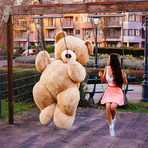 7 Foot Giant Teddy Bear
