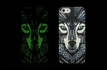 Load image into Gallery viewer, Wolf Luminous iPhone Case