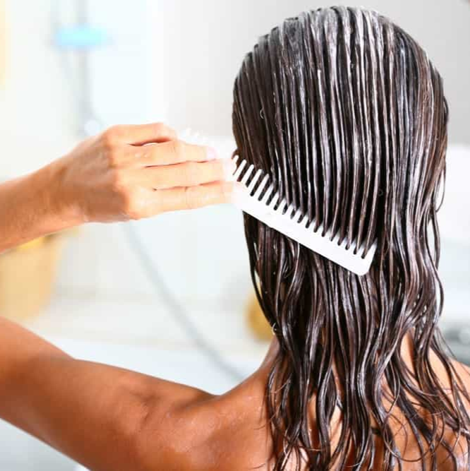 5 Ways to Hydrate Hair Naturally