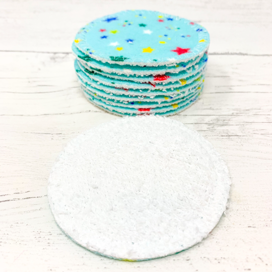 Set of 10 Reusable Cotton Pads with Star Pattern