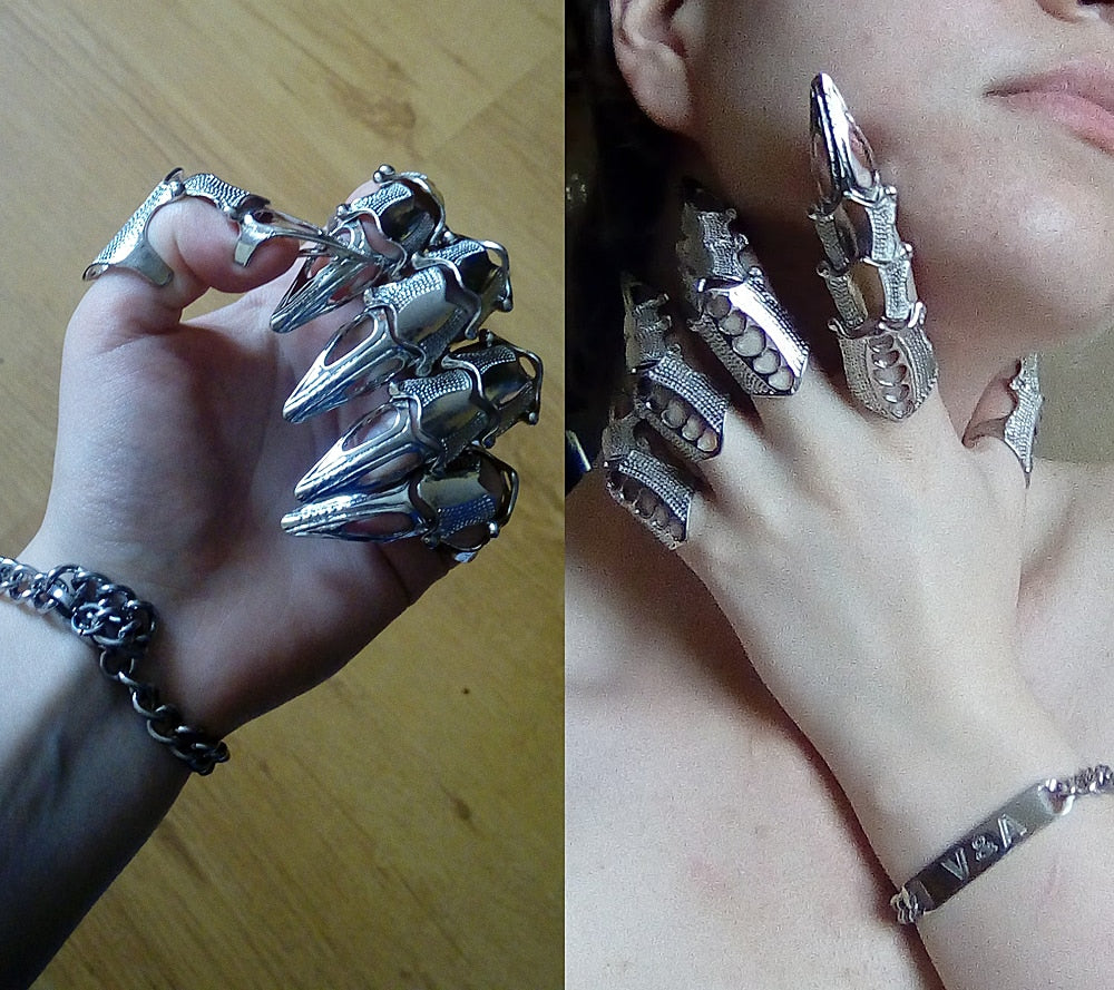 Gauntlet Finger Resizable Rings