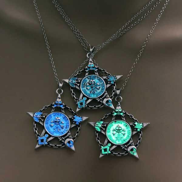 Glow In The Dark Pentagram Necklace - Wyvern's Hoard