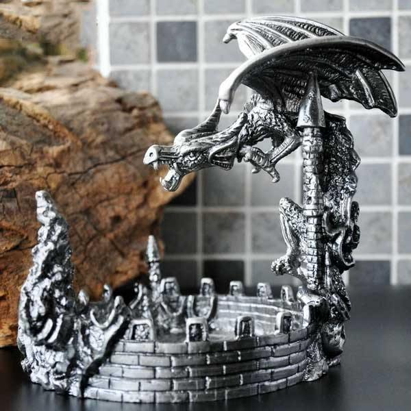 War Dragon Holder - Wyvern's Hoard
