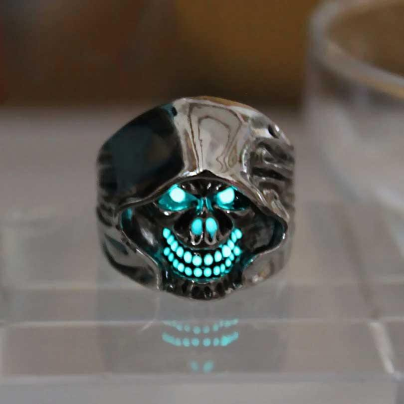 Glow In The Dark Hooded Skull Ring
