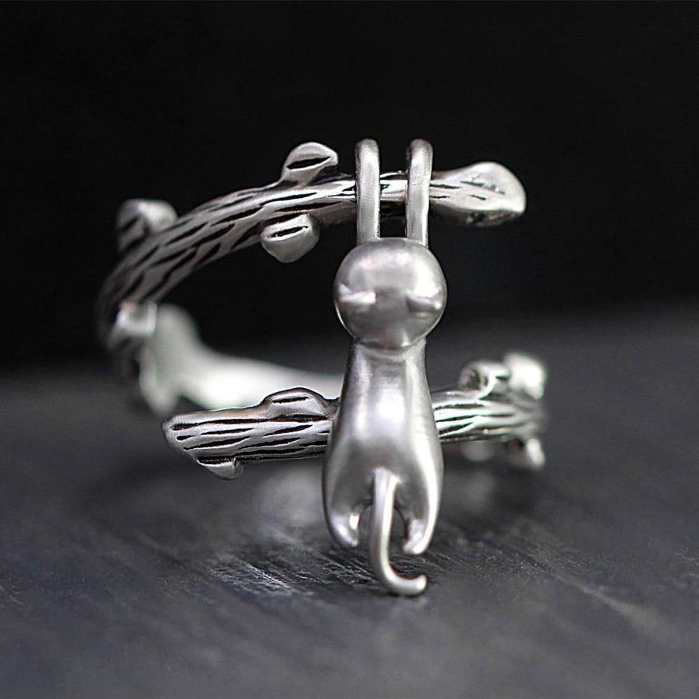 Climbing Cat Adjustable Ring