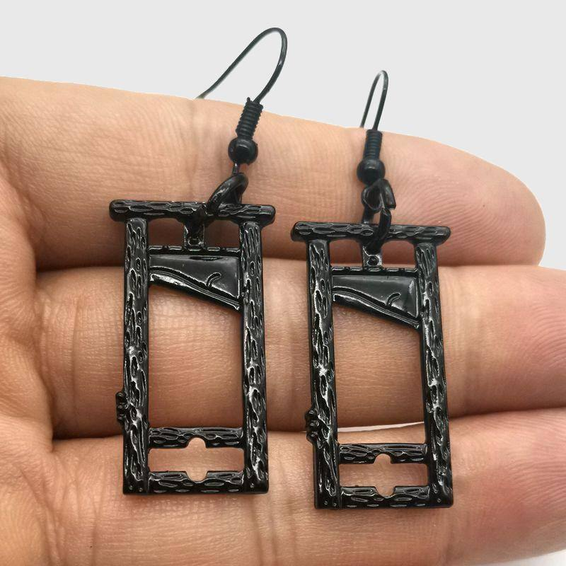 The Guillotine Earrings - Wyvern's Hoard