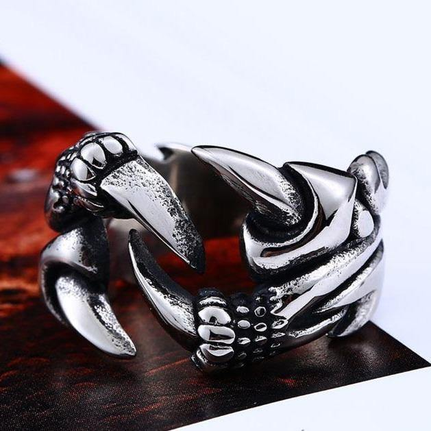 Dragon's Claw Ring - Wyvern's Hoard