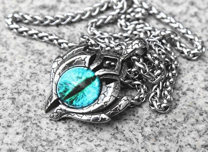 Ice Dragon's Eye Necklace - Wyvern's Hoard
