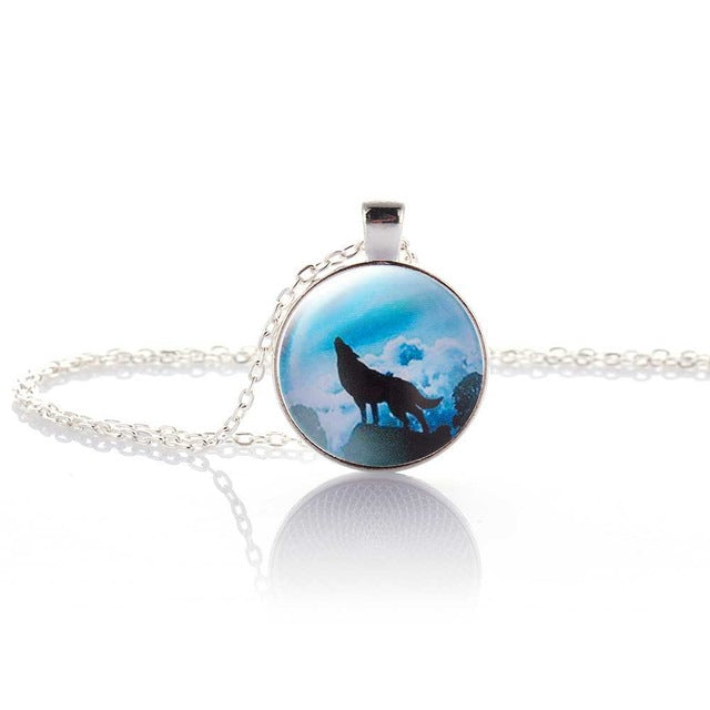 Hot Fashion Wolf Moon Pendant Necklace - That Good Deal