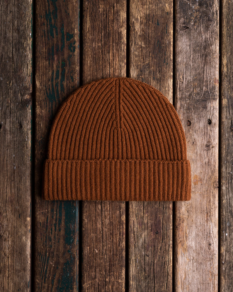 Brown cashmere knit hat
