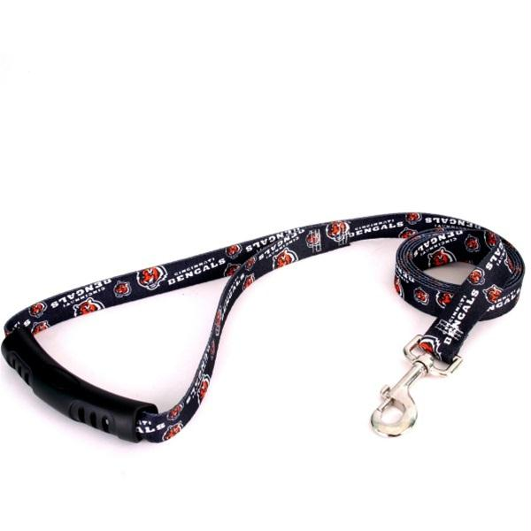 Cincinnati Bengals EZ Grip Nylon Leash - staygoldendoodle.com