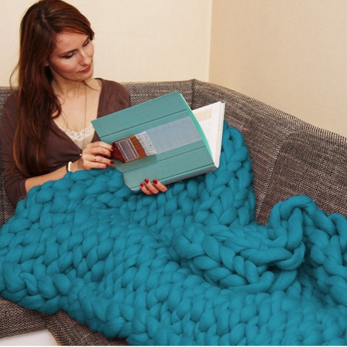 Chunky Knit Yarn Blanket and Sofa Throw