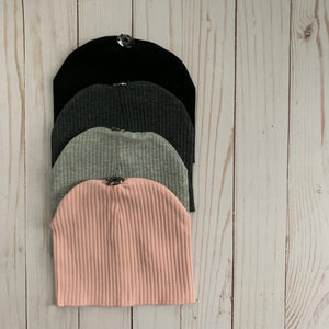 Ribbed Beanie With Snap
