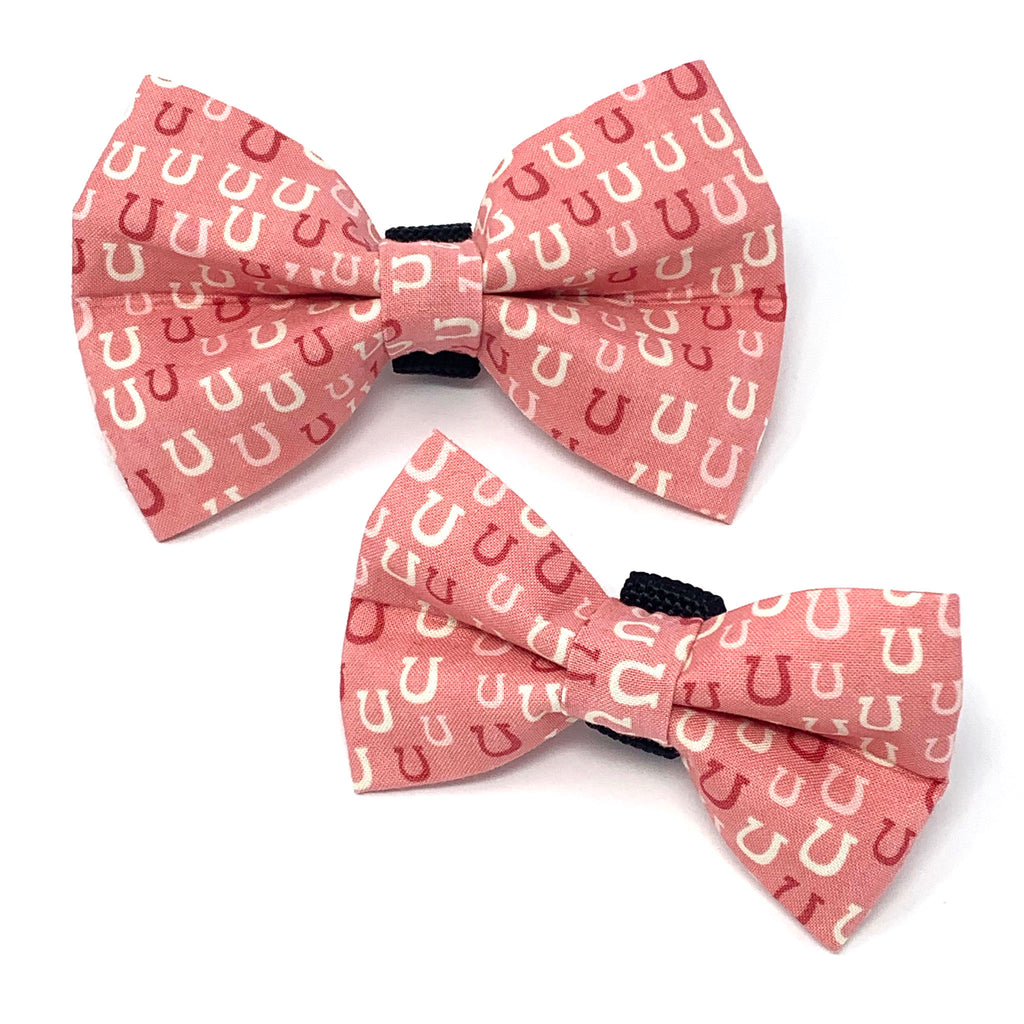 Horseshoe Dog Bow Tie