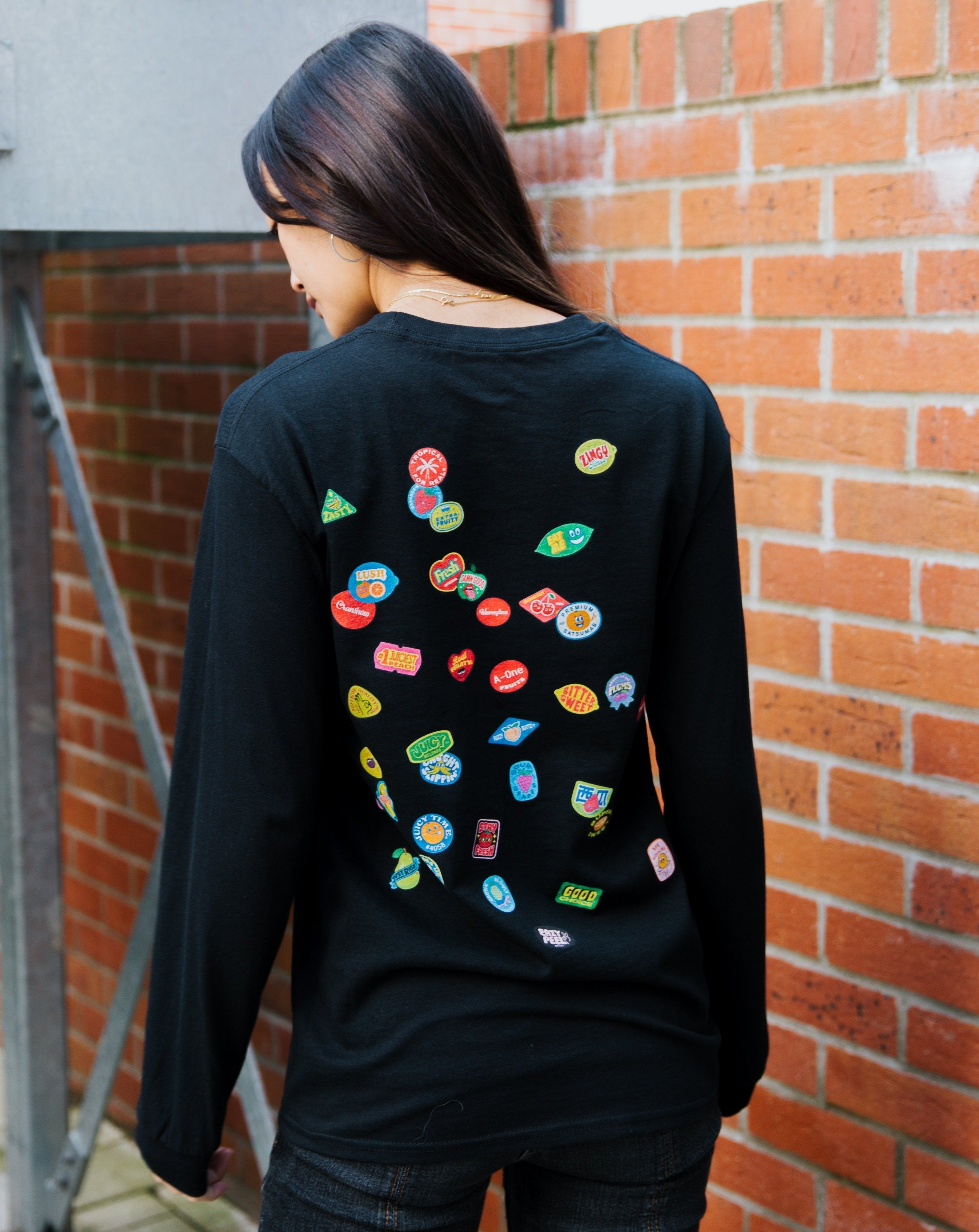 SCATTER LONG SLEEVE TEE JUICY TIME - BLACK - Fruit Stickers