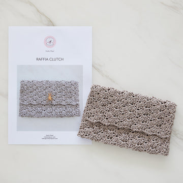 Raffia Clutch Crochet Kit