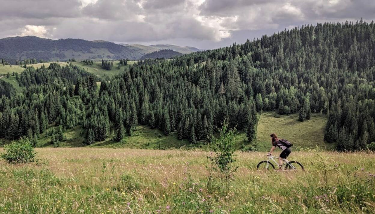 find women mountain bikers to ride with