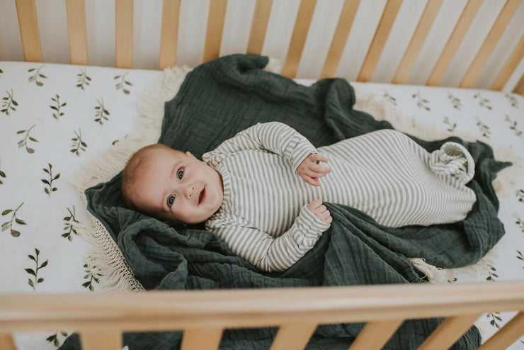 Knotted Sleeper It Gray Stripe