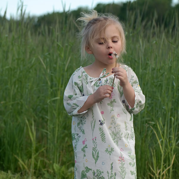 Handprinted Organic Nightgown - Swedish Flora