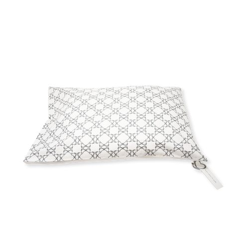 Junior Cushion (Kid's pillow) – Quatrefoil