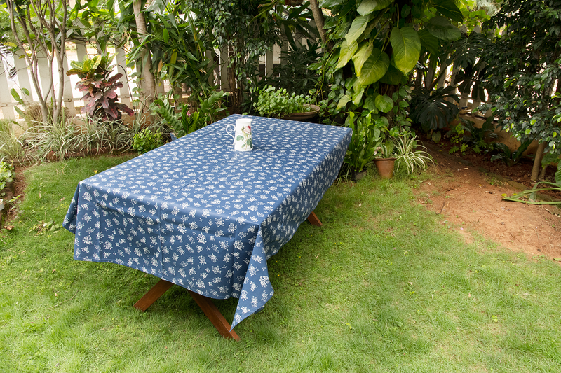 Table Cloth - English Rose - Navy