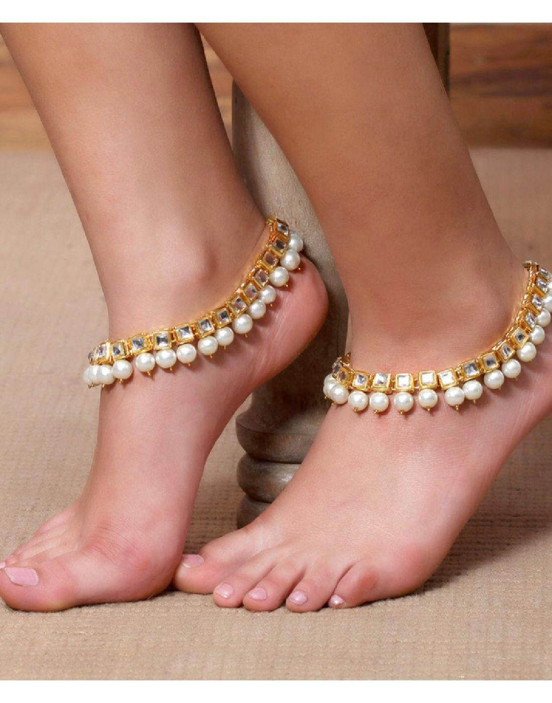 Kundan And Pearl Payal-Accessories-Glamourental