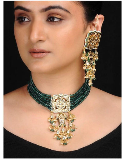 Emerald Kundan Neckpiece With Earrings