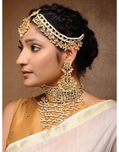 Kundan Maharani Set - Neckpiece, Earrings & Matha Patti