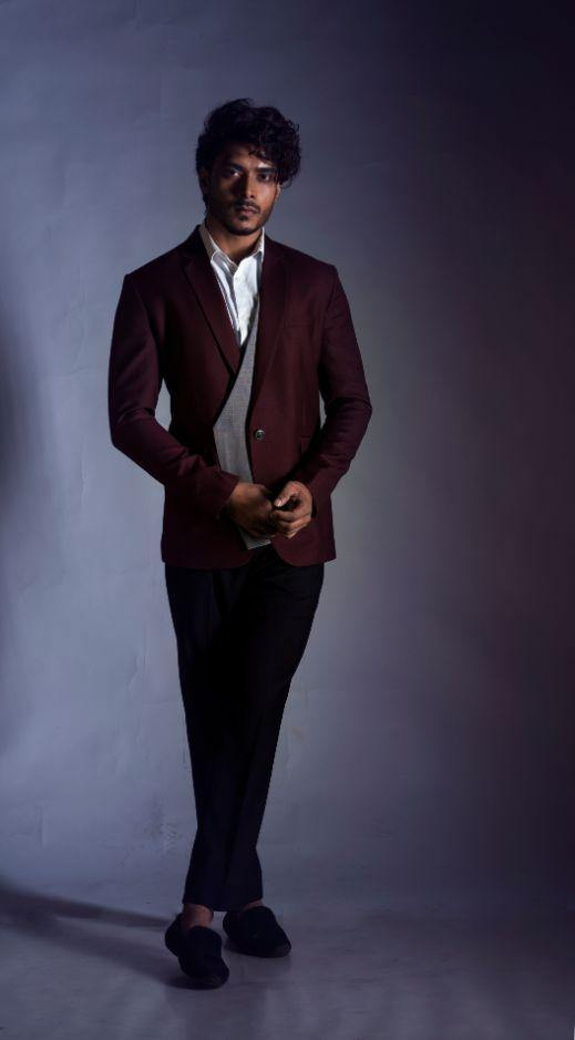 Red Wine Blazer With a Grey Waist Coat Panel Set-Men-Glamourental