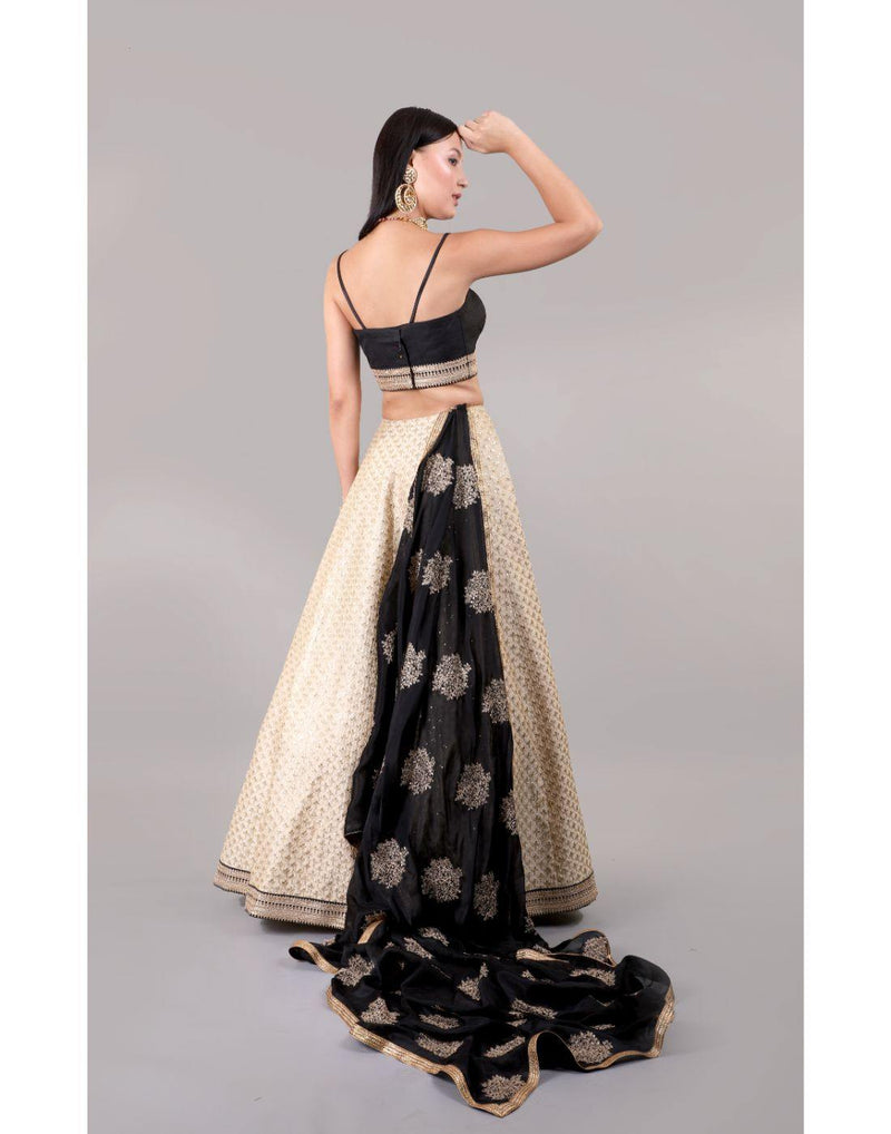 Rent Kheila Lehenga-Women-Glamourental