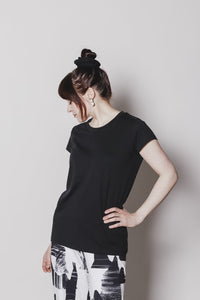 Renee T-shirt, black refibra