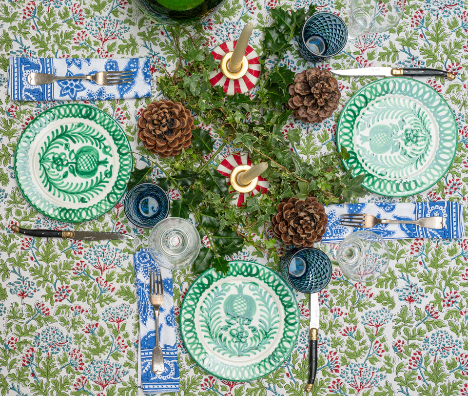 KELPIE TABLECLOTH IN GREEN/RED