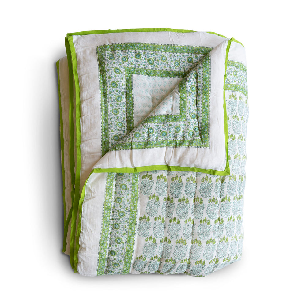 BUMBLE QUILT IN GREEN