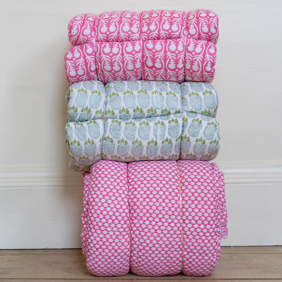 SALLY QUILT IN PINK