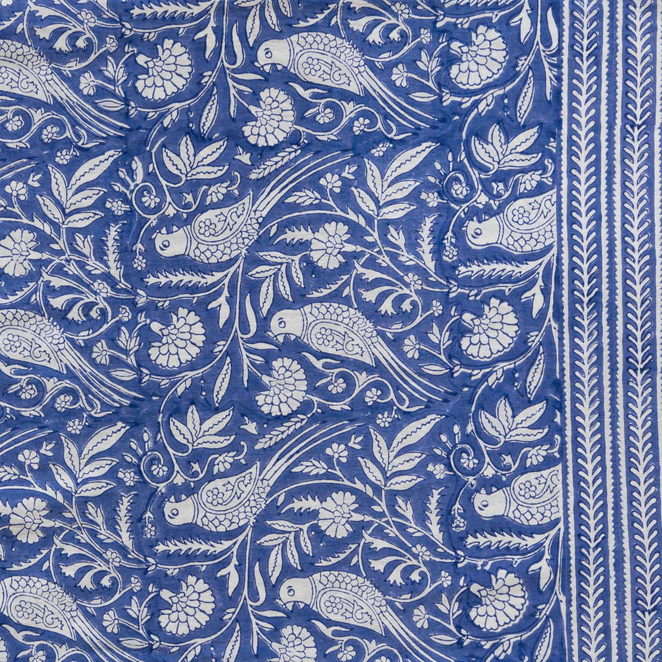 PARROT TABLECLOTH IN BLUE