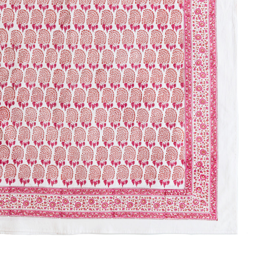 BUMBLE TABLECLOTH IN RED/PINK