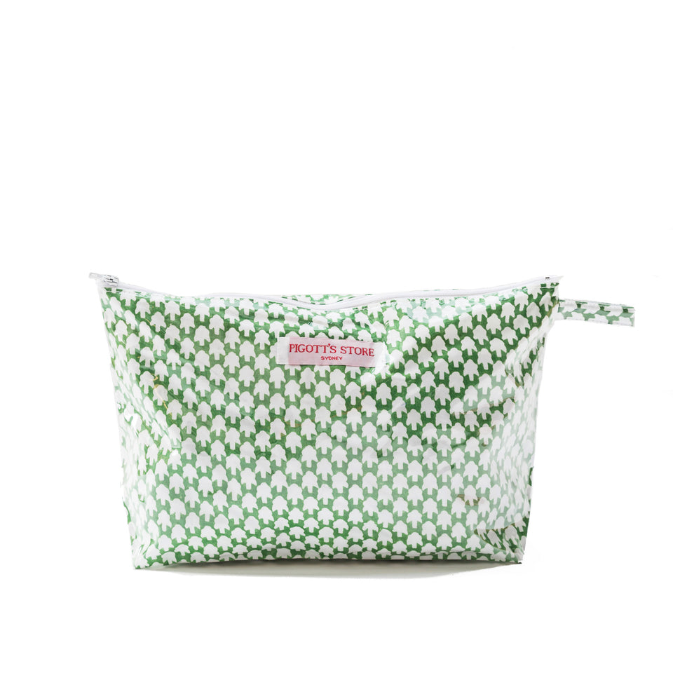 WASHBAG IN CHICKEN FEET FABRIC GREEN