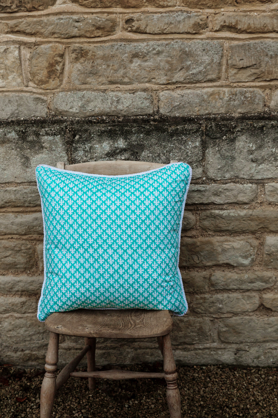 BLOCK PRINT CUSHION IN FERN AQUA (large)