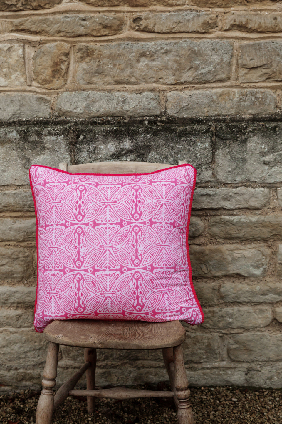 BLOCK PRINT CUSHION IN SQUARE-FLOWER PINK