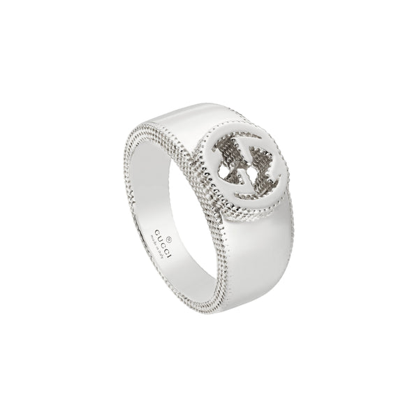 Interlocking G ring in silver