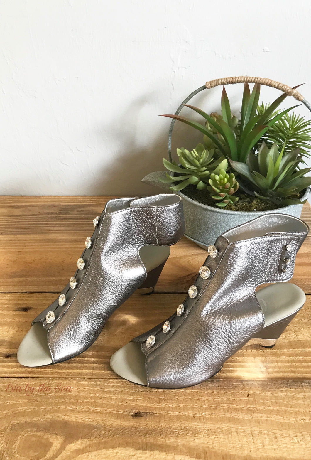 Rock On 3 Leather Dress Sandal in Pewter