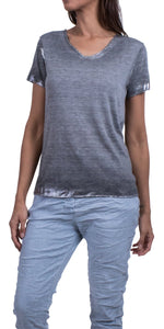 Silver Accent V-Neck Tee in Grey