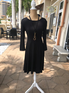 Fit & Flare 3/4 Sleeve Dress in Black