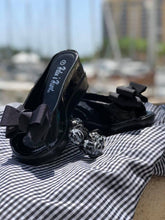Party Bow Slides in Black