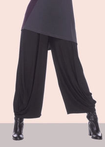Stacy Ankle Pant in Black
